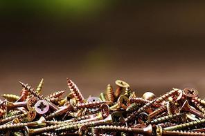 Reducing buried screws in dry walls