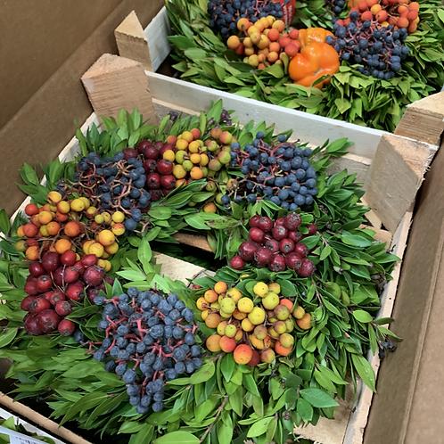 Mixed Berry Wreath (25 cm)