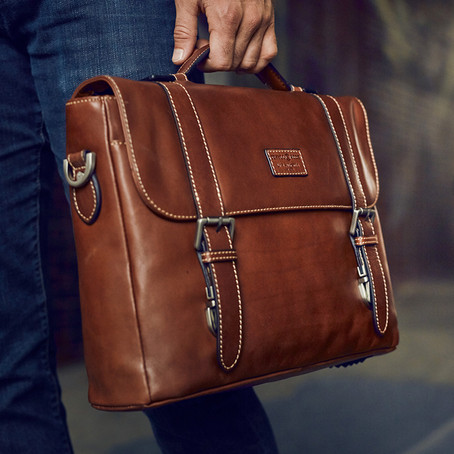 Just4leather - What Your Business Bag Says About You