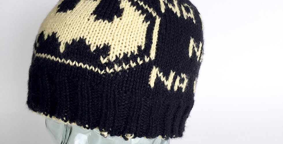 Dark Hero reversible beanie || Knitting Pattern