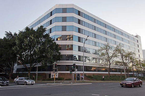 Qantas_Building_A_on_the_corner_of_Bourk