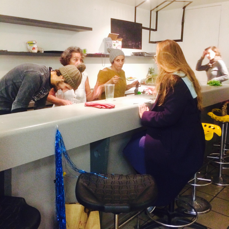 Discussions avec les cuisinières