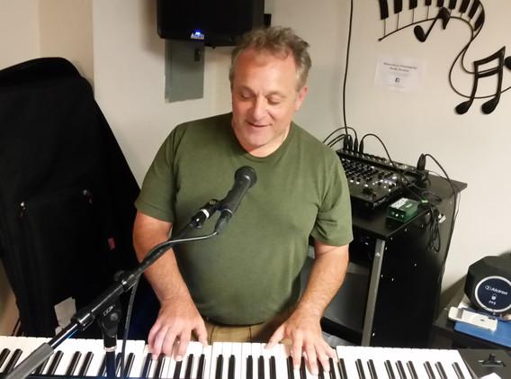 Deke on Keyboards