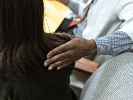 Risco de suicídio e cuidados de enfermagem no Setor Amarelo