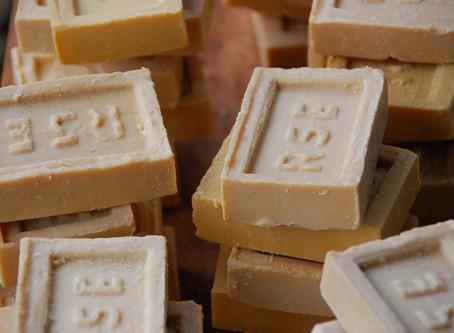 Indien: Seife für die Slumbewohner
