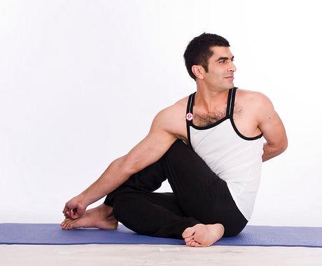 Half Spinal Twist Pose (Ardha Matsyendra