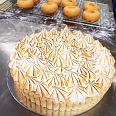 FAMILY LEMON MERINGUE PIE