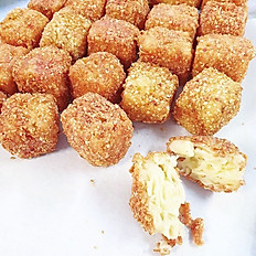 CAULIFLOWER MAC & CHEESE BITES (6 PIECES)