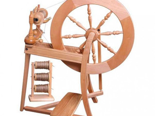 Spinning wool is like breastfeeding – also new things are hard.