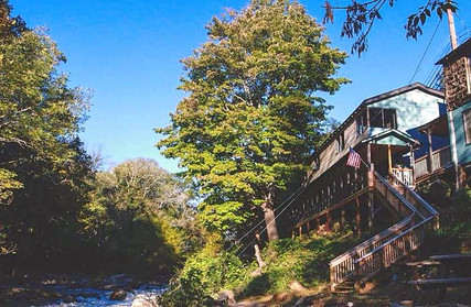 Riverside Lodge on the River