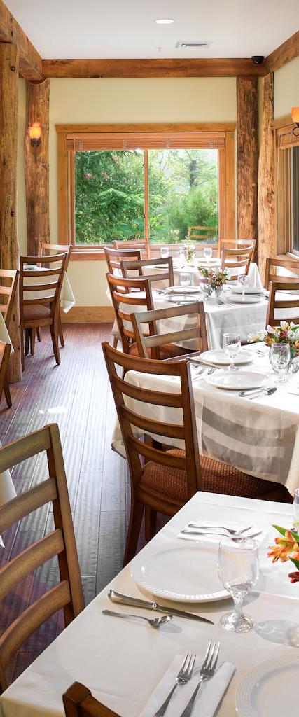 Esmeralda Restaurant