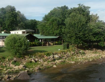 Geneva Riverside Motel