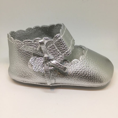 Leather Bow Shoes - Silver