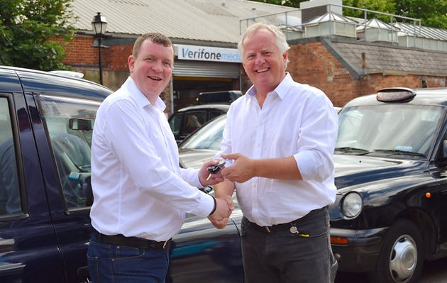 Verifone donate taxis for Gett to take children and war