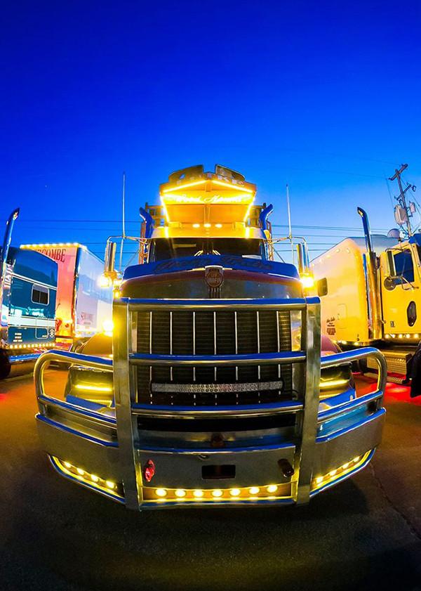 Truck Show1.jpg
