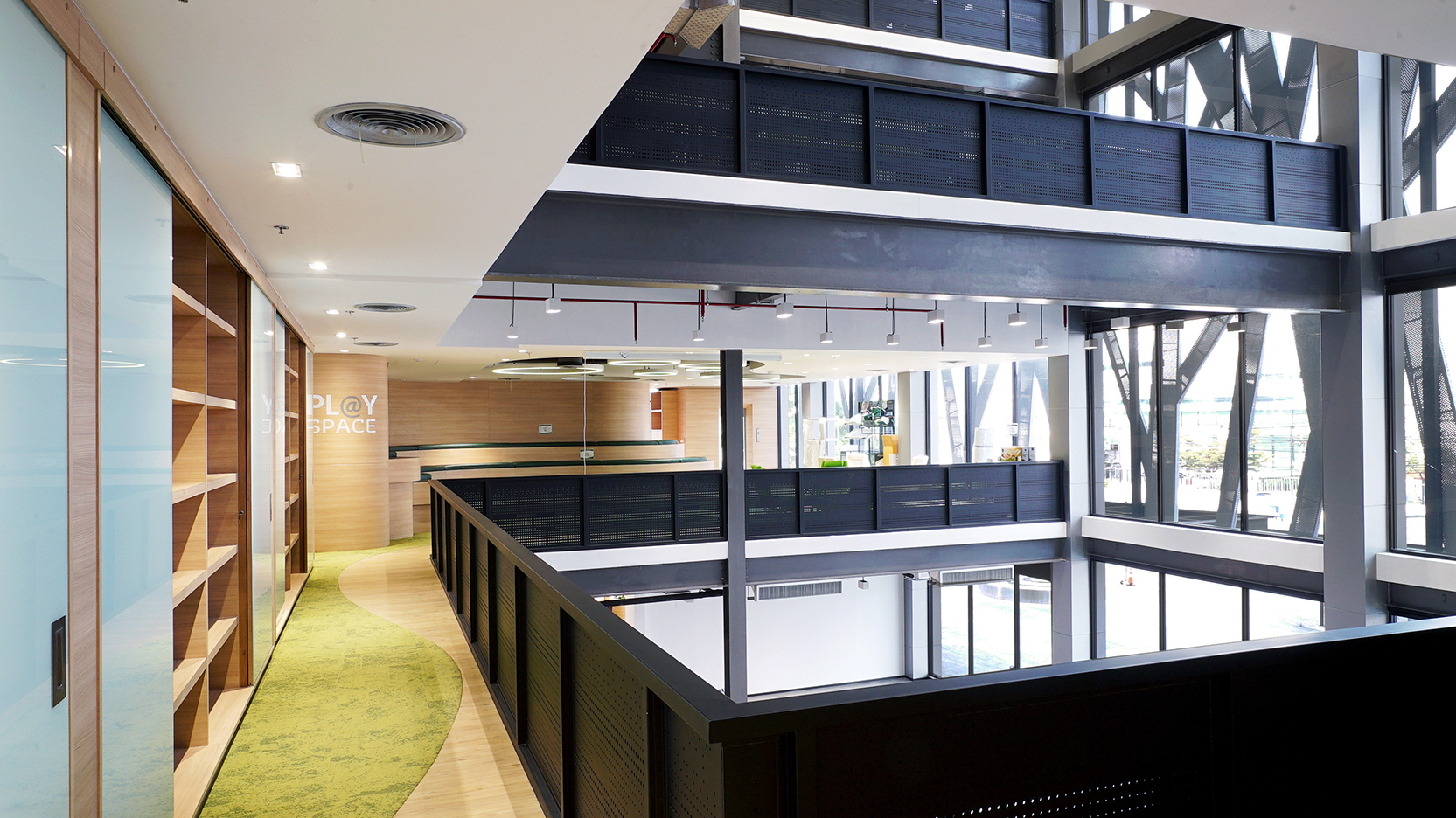 10design green latex corporate office co