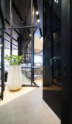10 design interior designer ktb bank 10.