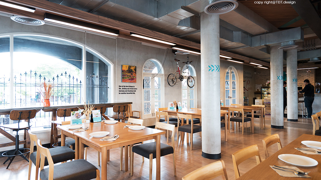 TBT design space interior mint cafe 03