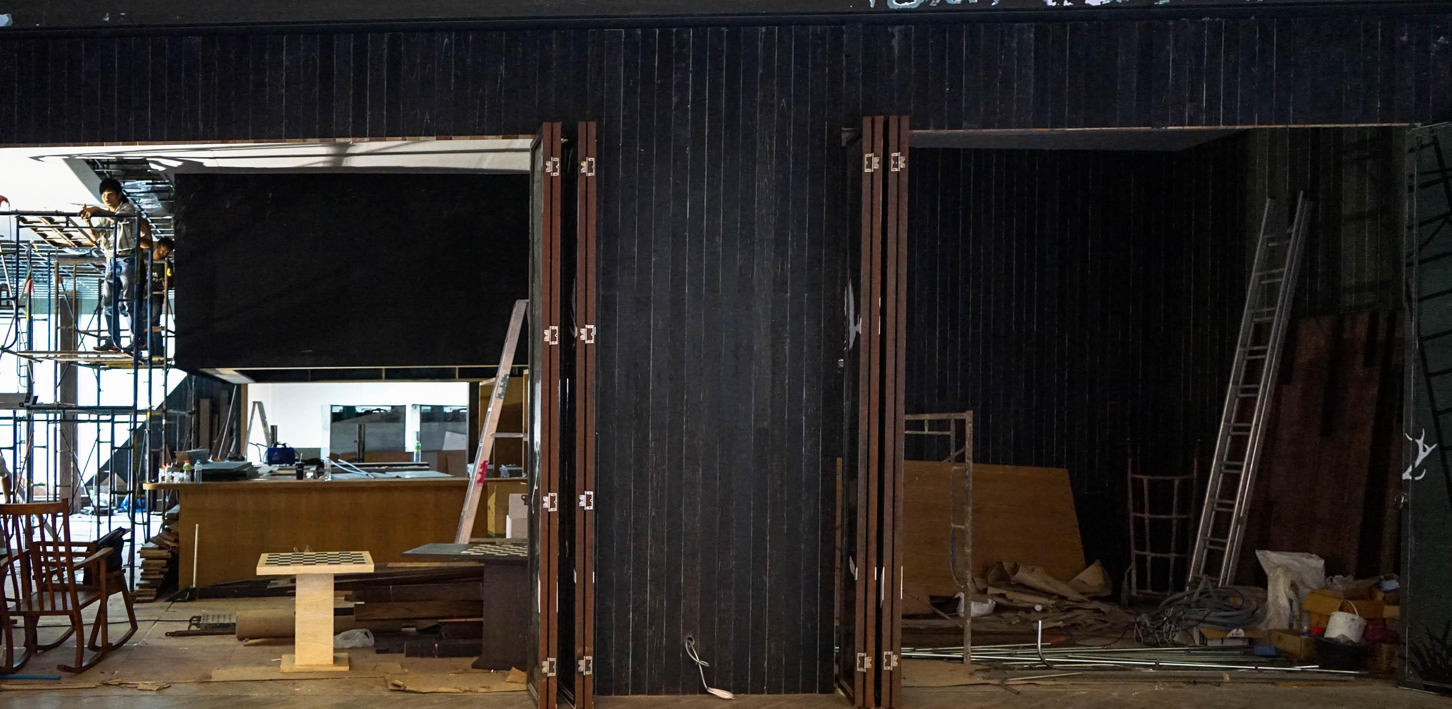 10Design hyde&seek peek a boo interior design construction 07