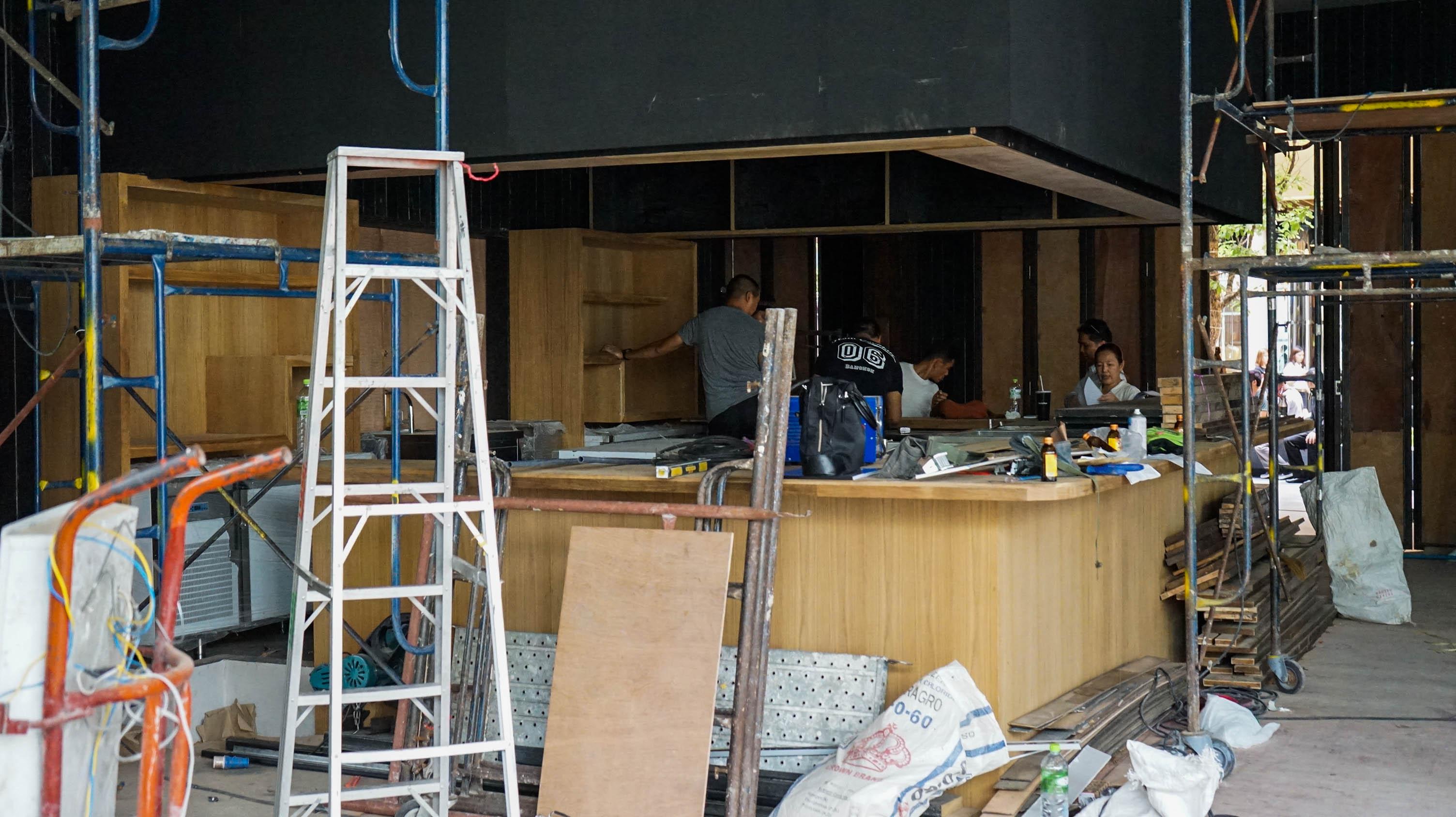 10Design hyde&seek peek a boo interior design construction 02