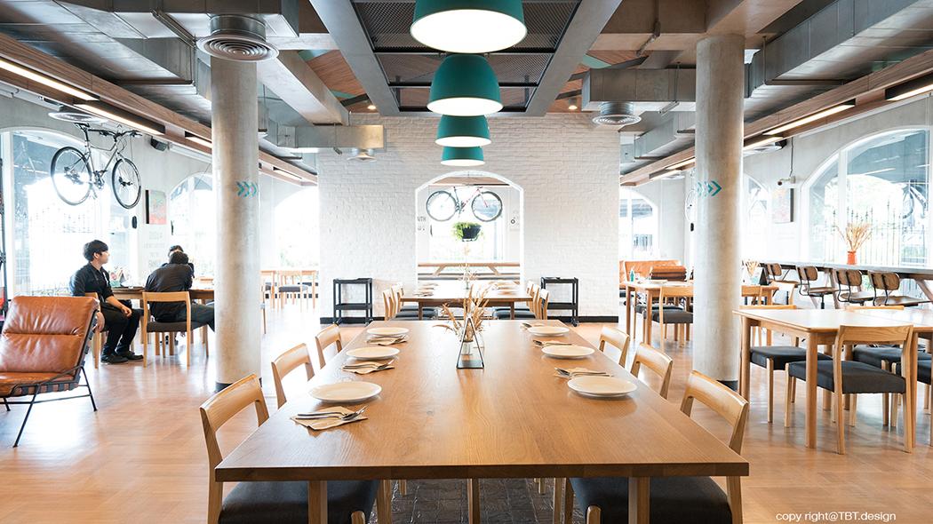 TBT design space interior mint cafe 07