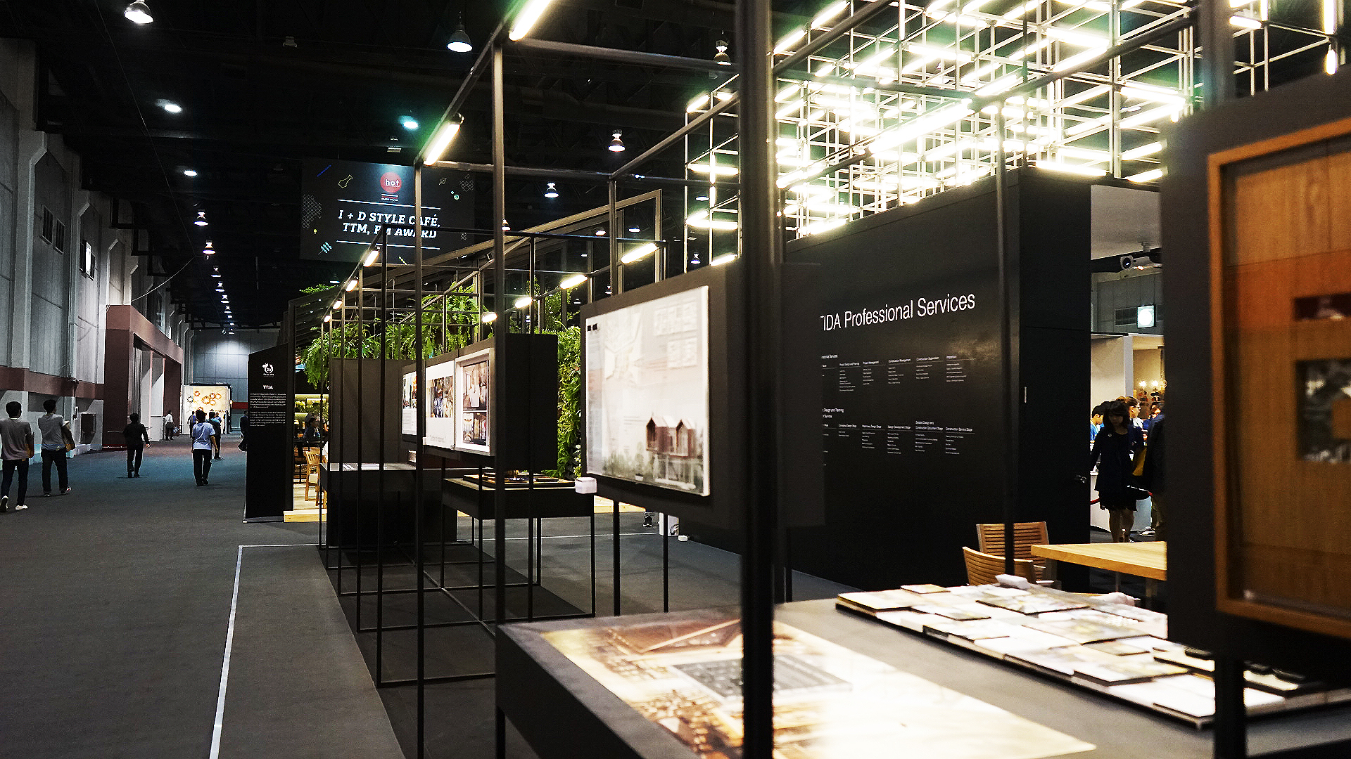 tbt-daf_tida 2015_exhibition