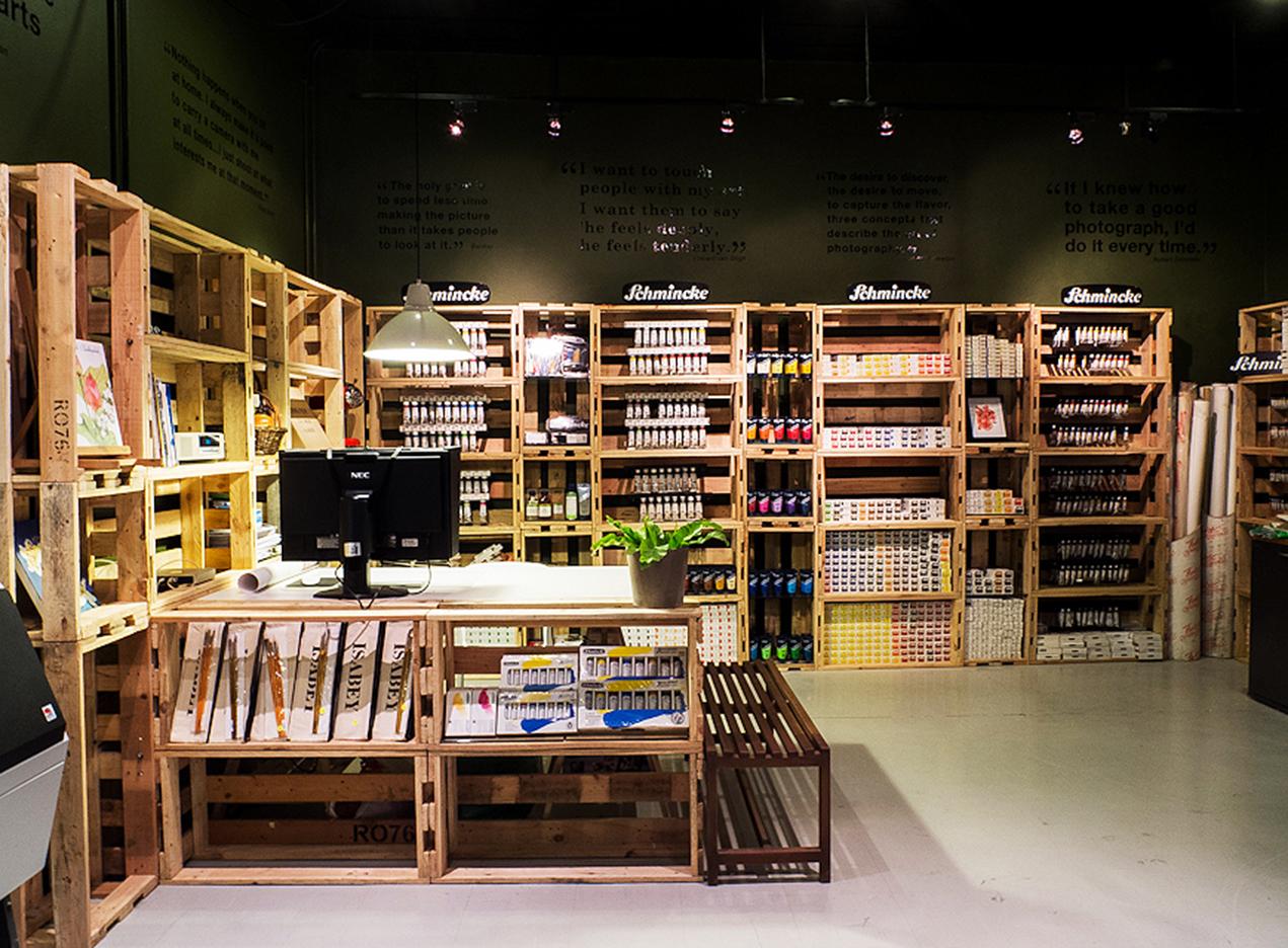 10DESIGN interior design goon studio photo paint museum shop retail commercial 02