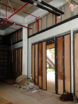 10Design hyde&seek peek a boo interior design construction 04