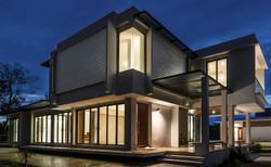 10design uthai residence house design modern architecture pattani thailand swimming pool 09