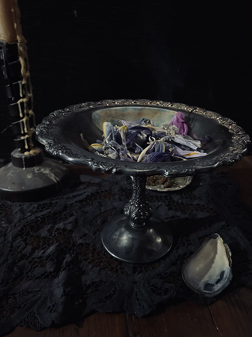 Floral offering dish