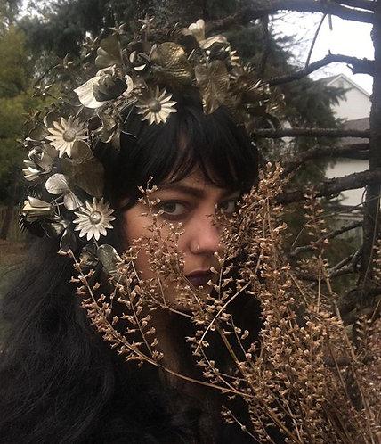 Aurelia headdress