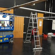 Servicing a lighting grid