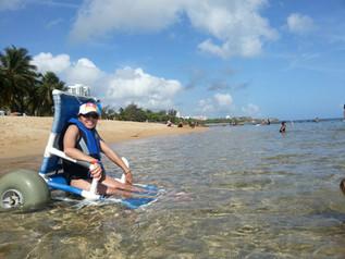 Anne Von Rosen Takes a Dip!