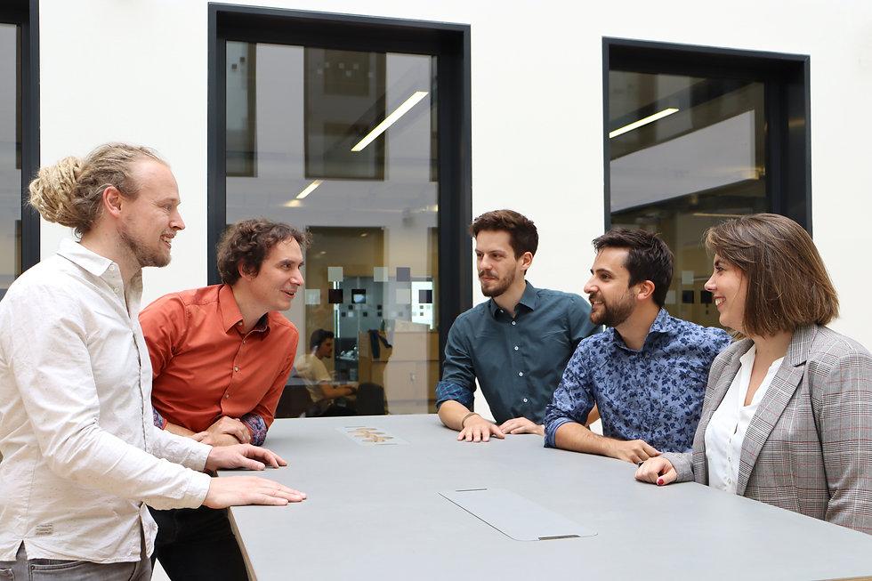 Team_Discussing.jpg