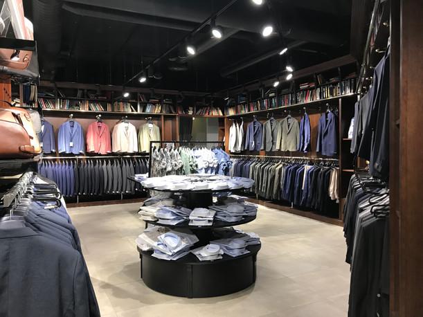 Konfektion och kläder butiksinredning - Smålandsinredningar