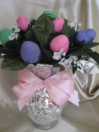 SPRINGTIME CHOCOLATE COVERED STRAWBERRY ROSE BOUQUET