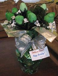 ST PATTY'S DAY GREEN CHOCOLATE STRAWBERRY ROSES