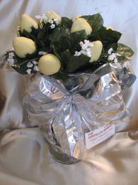 YELLOW VANILLA CHOCOLATE COVERED STRAWBERRY ROSES