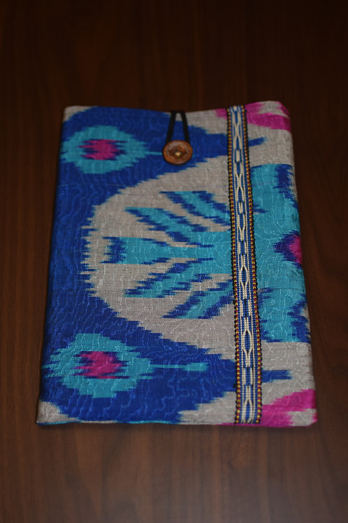 Tablet cover blue Ikat