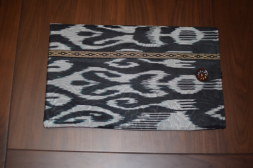 Black and white Ikat laptop cover