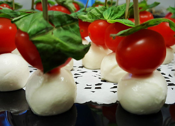 Tomate cerise, bocconcini et basilic