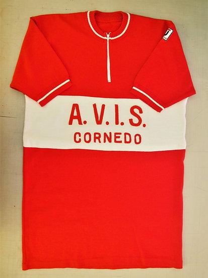 A.V.I.S  --CORNEDO--