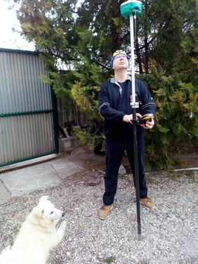 Debütál a NEO és a II. Földmérő Kutya
