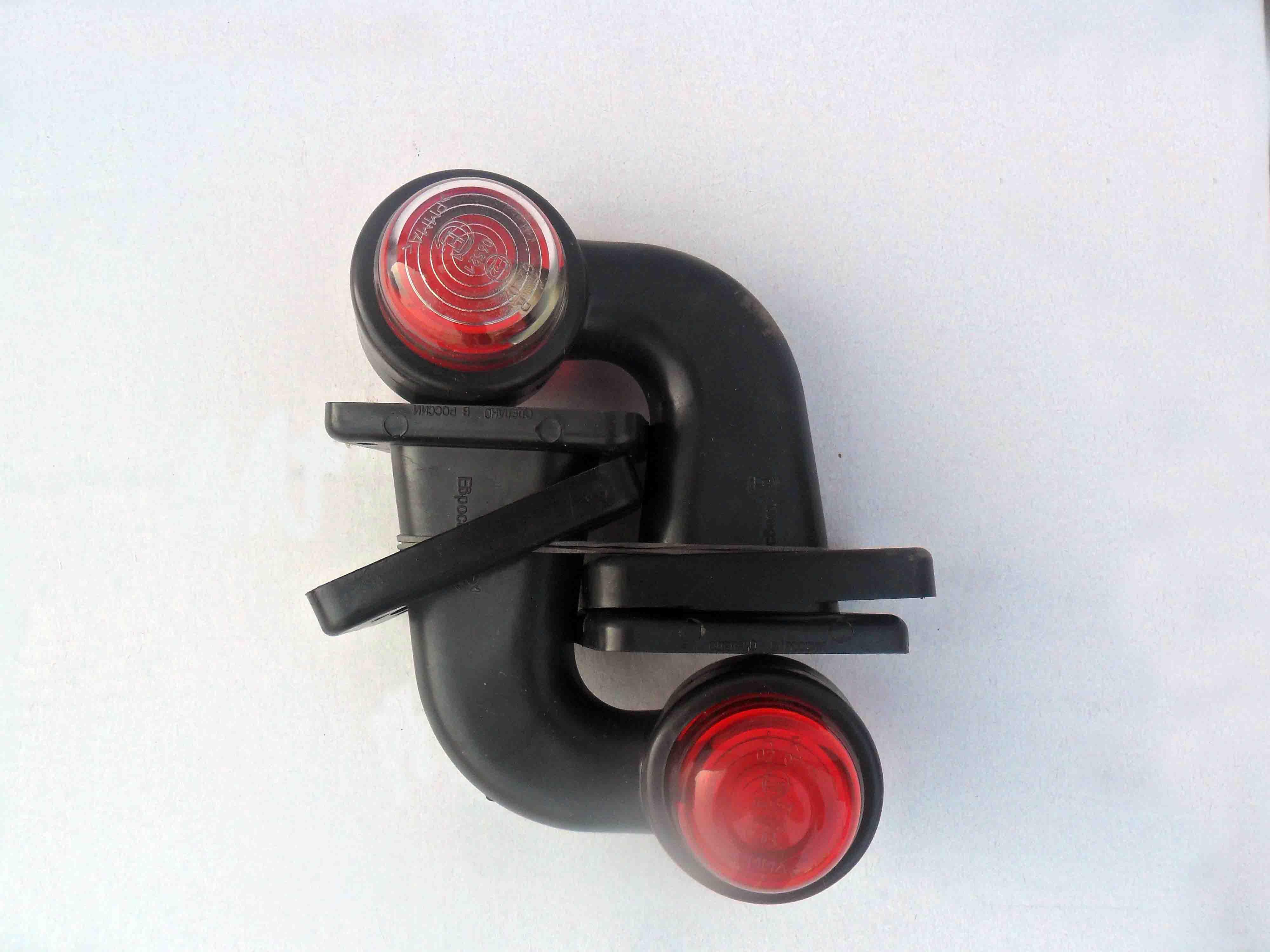 Габаритный двухцветный фонарь