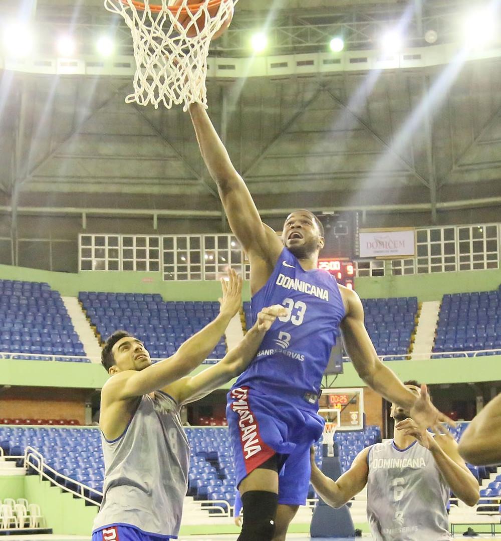 República Dominicana realiza practicas antes juego frente a Venezuela