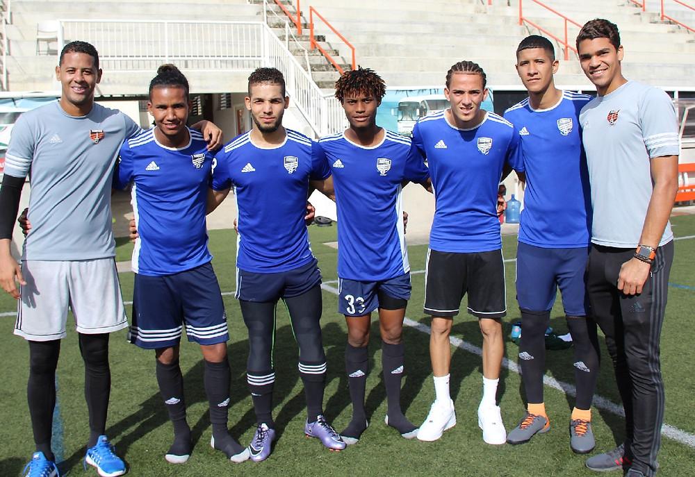 Miguel Lloyd, Fernando (Fandy) Madera, Ismael Díaz Rafael (Rafa) Flores, Edarlyn Reyes, Richard Dabas y Dorny Romero completan los siete