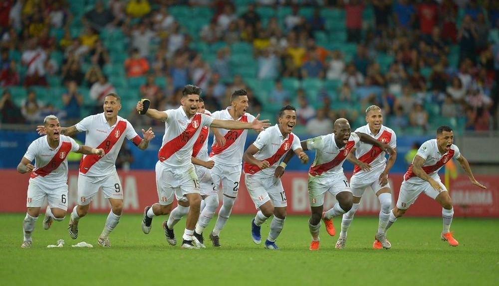 Tuvieron que pasar 44 años para que un grupo de futbolistas peruanos vuelvan aponer a la bicolor en una final de Copa América