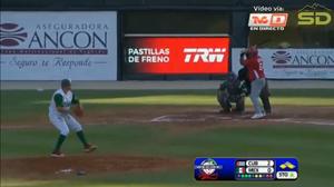Acción en el juego de Cuba VS Mexico