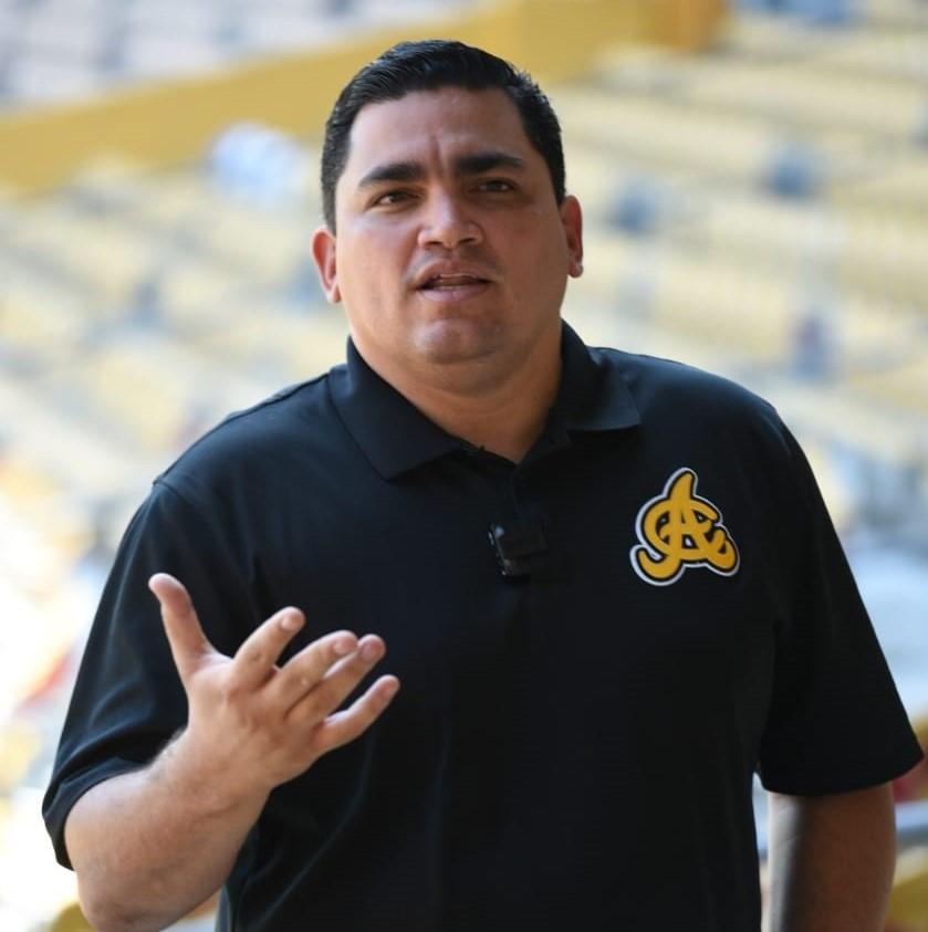 Ángel Ovalles, Gerente de Operaciones de Béisbol