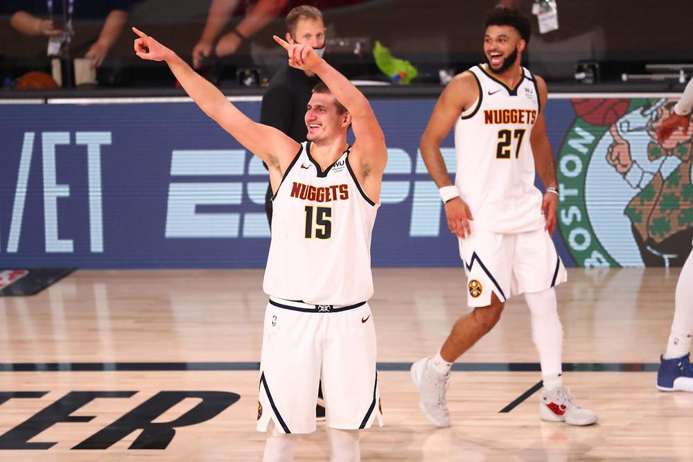 Con una fantástica pareja de jugadores como Jamal Murray y Nikola Jokic, los Nuggets no dieron opción a un conjunto angelino en el que la desesperación y frustración